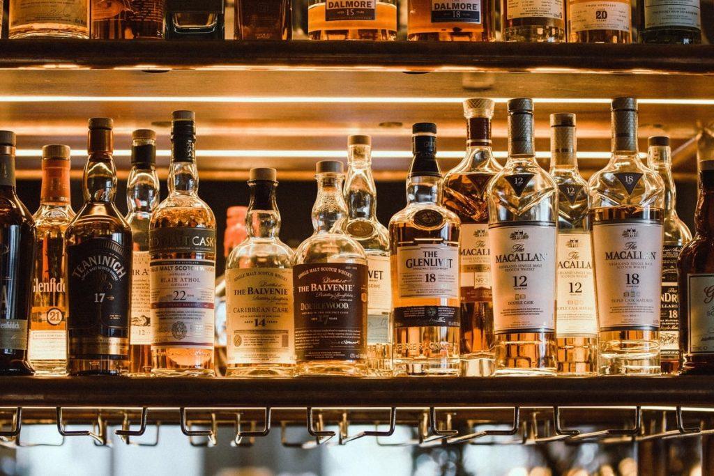 Скупка виски в частную коллекцию. Выкупаем дорого - Glenfiddich, Glenlivet, Macallan, Highland Park, Laphroaig, Balvenie, Lagavulin, Springbank и другие.